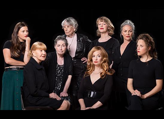 Spectacle Huit Femmes: Productions Jean-Bernard Hébert  présenté au Carré 150  de Victoriaville